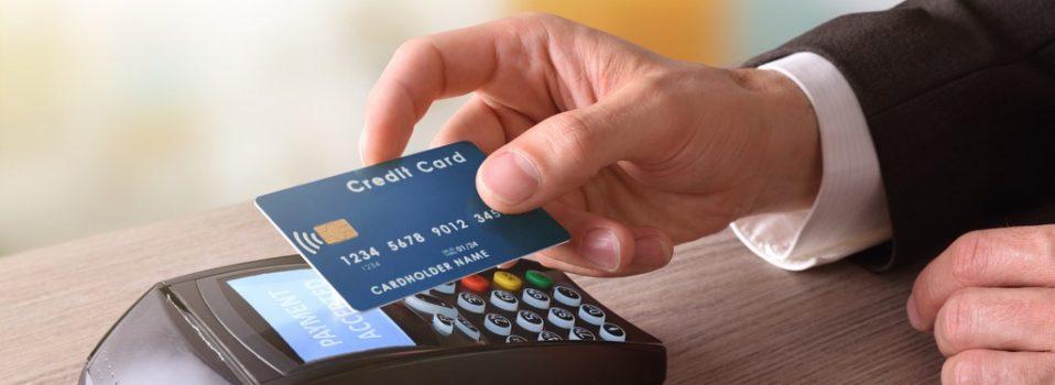 Jak dbać o bezpieczeństwo karty płatniczej?