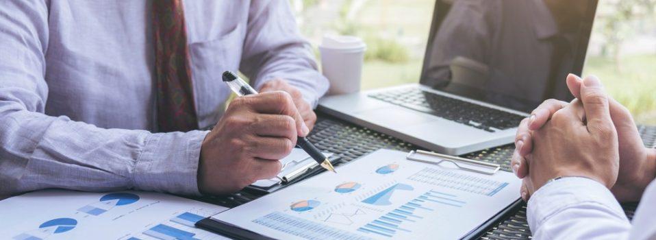 Jak skutecznie skonsolidować kredyty, aby płacić niższe raty?